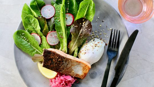 Luke Hines Recipes - The Melbourne Breakfast with Cocolife Avocado Oil Spray